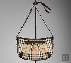 Burberry postacı çantaları... / Burberry crossbody bags...