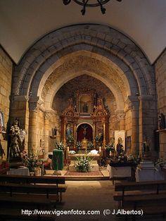 Iglesia Románica de Santiago de Bembrive Vigo. Construida hacia finales del siglo XII y principios del XIII,consta de una sola nave y ábside.