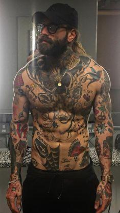 Chubster tattoo inspirations - Idée tatouage homme ⌨️tags for : - Boy Tattoos, Life Tattoos, Body Art Tattoos, Tattoos For Guys, Sleeve Tattoos, Tatoos, Full Body Tattoo, Barba Grande, Tatto Old