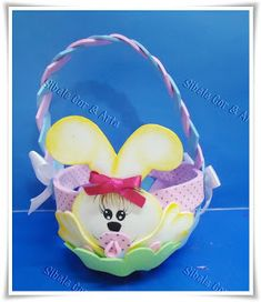 Sibele: Cesta de Páscoa Foam Crafts, Diy Crafts, Felt Patterns, Craft Tutorials, Happy Day, Projects To Try, Lunch Box, Easter, Chocolate
