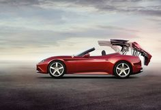 The Ferrari California was unveiled at the 2008 Paris Motor Show. The car went into production in 2008 and is still being produced by Ferrari. The car is available as a 2 door grand tourer coupe and as a hard top convertible. Ferrari 2017, New Ferrari, Convertible, Ferrari California T, Car Man Cave, Falling In Love Again, Best Muscle Cars, Car Prices, Geneva