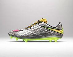 detailed look 9be2c 4c140 Nike Hypervenom