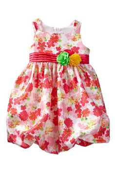 Pretty floral easter dress for toddlers and girls.