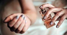 Τα μυστικά των γυναικών που μυρίζουν πάντα υπέροχα – Enimerotiko.gr Vera Wang, 5 Things, Girly Things, Blog Da Ju, Diy Beauty Hacks, Las Vegas, Perfume Fahrenheit, Perfume Invictus, Rose Perfume