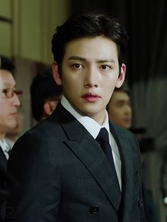 ❤❤ 지 창 욱 Ji Chang Wook ♡♡ that handsome and sexy look . Ji Chang Wook Smile, Ji Chang Wook Healer, Ji Chan Wook, Korean Celebrities, Korean Actors, Korean Dramas, Ji Chang Wook Photoshoot, Theater, Hallyu Star