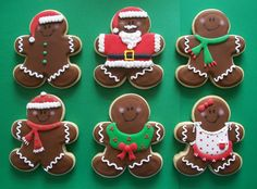 the chill of winter - christmas - christmas cookies - gingerbread men cookies Gingerbread Decorations, Gingerbread Man Cookies, Christmas Sugar Cookies, Christmas Sweets, Christmas Gingerbread, Christmas Goodies, Holiday Cookies, Christmas Baking, Gingerbread Houses