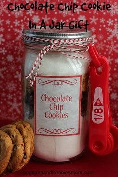 Chocolate Chip Cookies in a Jar! Great DIY homemade gift, for family, friends, or teachers too! Inexpensive, super simple, and WHO doesn't love chocolate chip cookies? Check out how easy this is right here!