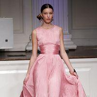 Manual de uso del rosa para este invierno: Oscar de la Renta | Galería de fotos 26 de 30 | Vogue