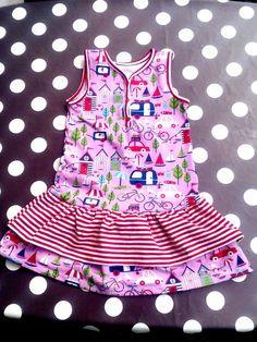 Foto zu Schnittmuster Lillesol basics No. 32 Knopfkleid von Lillesol & Pelle