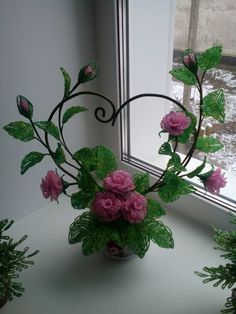 Группа - #группа Beaded Flowers Patterns, French Beaded Flowers, Crochet Flowers, Beaded Crafts, Wire Crafts, Diy Home Crafts, Nylon Flowers, Paper Flowers, Deco Floral