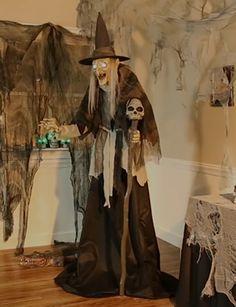 Halloween Prop, Halloween Witch Decorations, Outdoor Halloween, Halloween Ideas, Wicca, Witch Eyes, Witch Characters, Halloween Haunted Houses, Witch House