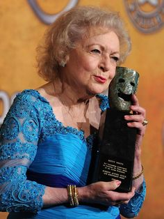 How we love thee, Betty White. Let us count the ways Eric Forman, Hottest Music Videos, Mary Tyler Moore Show, Fierce Women, Show White, Betty White, Guinness World, Walt Disney Studios, Saturday Night Live