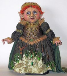 Troll Queen Sewing Pattern - Doll Making Instructions and Pattern by Arley Berryhill Doll Clothes Patterns, Doll Patterns, Animal Patterns, Sewing Patterns, Yarn Wig, Creepy Dolls, Fabric Dolls, Doll Face, Witches