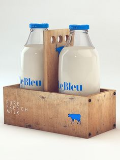 Le Bleu Lait milk bottle and carton packaging by Isabella Rodriguez Milk Packaging, Cool Packaging, Food Packaging Design, Beverage Packaging, Bottle Packaging, Brand Packaging, Branding Design, Coffee Packaging, Cheese Packaging