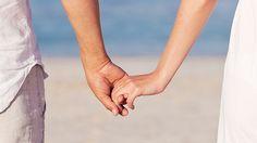 Hand in Hand gegen den #Schmerz - https://www.gesundheits-frage.de/4019-hand-in-hand-gegen-den-schmerz.html