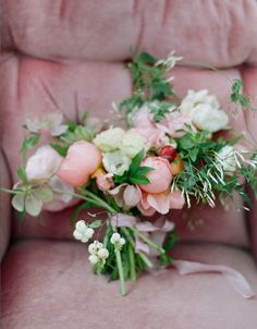 flowers by amy osaba/photo by elizabeth messina