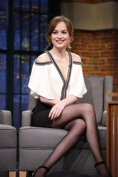 Dakota Johnson wears Pre-Fall '16