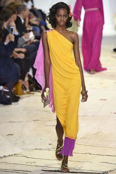 Diane von Furstenberg verão 2016: mix de cores e estampas girlie | MdeMulher
