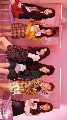 Mi alegria♡ Kpop Girl Groups, Korean Girl Groups, Kpop Girls, Korean Girl Band, K Pop, Girl With Hat, My Girl, Soo Jin, Girl Bands