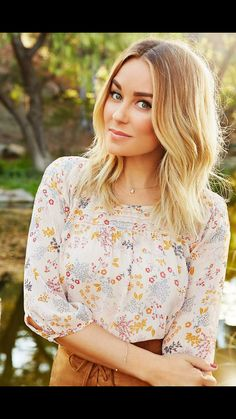 Tuesday Ten  Our Editor s Favorite Hair Products (Lauren Conrad) b306e24f05f8