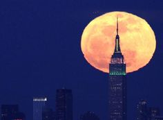 May's full moon coincides with perigee this Saturday – USATODAY.com