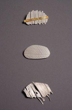 SUZANNE HARBINSON-UK pebble brooches. http://www.sh-jewellery.co.uk/