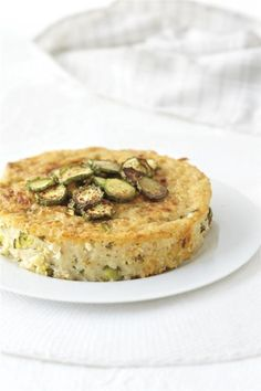 Τραχανότουρτα με κολοκυθάκια Greek Recipes, Salmon Burgers, Quiche, Pasta, Traditional, Cooking, Breakfast, Ethnic Recipes, Parties