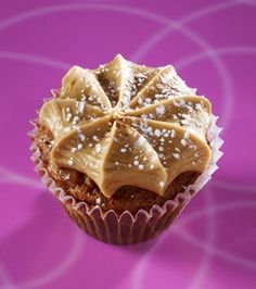 Gigi's Cupcakes - Southern Comfort: Pecan pie cupcake topped with a caramel frosting and dusted with powdered sugar.