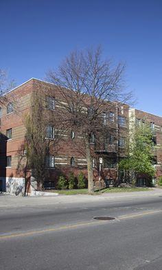 Les Jardins Decelles 5600 5600 ave. Decelles Montréal Québec H3T 1W5 Outremont Residential