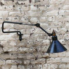 DOKIDOC - Applique murale GRAS N°303 Industrial Lighting, Vintage Lighting, Bauhaus, Lampe Gras, Appliques, Lighting Design, Lamb, Design Art, Wall Lights