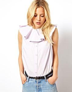 Aumentar Camisa sin mangas con cuello extragrande de volantes de ASOS