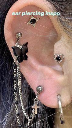 Ear Piercings Chart, Pretty Ear Piercings, Ear Peircings, Multiple Ear Piercings, Grunge Jewelry, Funky Jewelry, Cute Jewelry, Jewelry Tattoo, Piercing Tattoo