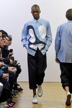 「コム デ ギャルソン・シャツ」2018-19年秋冬パリ・メンズ・コレクション│WWD JAPAN