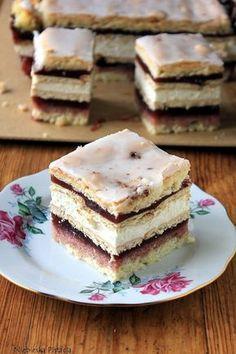 Ciasto szkolne Sweet Desserts, Sweet Recipes, Delicious Desserts, Baking Recipes, Cake Recipes, Dessert Recipes, Polish Recipes, Specialty Cakes, How Sweet Eats