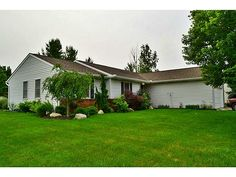 114 PEPPERBUSH DR., Bellefontaine, OH 43311 Listing ID368132 WRIST Listing Price$184,900 Bedrooms4 Total Baths3 Square Feet 1,494 StatusActive