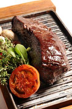 Tipos de carnes y de cortes, los favoritos de los argentinos http://fondodeolla.com/asado-cortes-de-carne-argentino/