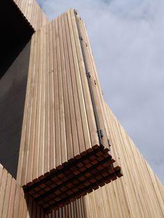 Okiennice drewniane zewnętrzne   EsStyle Budownictwo