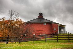 Shelbourne Round Barn Build in 1901 in East Passumpsic, Vermont, dismantled & rebuilt at Shelbourne Museum in VT in 1985 - 80' diameter & 3 stories high.