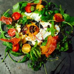 Photo oeuf fumé au sapin et sa salade de truffes by Nelson  on 500px