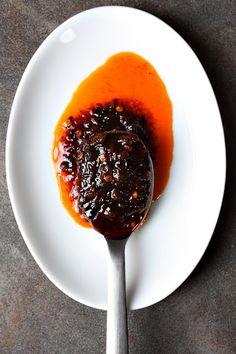 Nam Prik Pao (น้ำพริกเผา): Thai Chilli Jam - Secret Ingredient in Thai Spicy Stir-Fries, Salads, etc. ♥ CNN GO