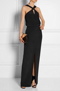 Cushnie et Ochs(gown); Tamara Mellon (sandals); Givenchy (clutch).