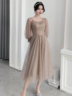 Party Dress Outfits, Prom Party Dresses, Evening Dresses, Elegant Dresses For Women, Beautiful Prom Dresses, Girls Fashion Clothes, Fashion Dresses, Dress Brokat, Designer Party Dresses