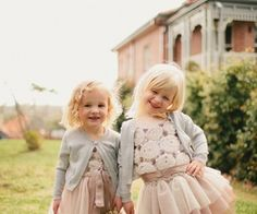 Find images and videos about girl, cute and child on We Heart It - the app to get lost in what you love. Fashion Kids, Young Fashion, Cute Kids, Cute Babies, Brooklyn Style, Princess Tutu, Kids Frocks, Glamour, Girls Wear