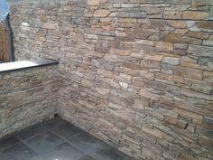 Ardoise naturelle CUPA et STONEPANEL®, idées déco pour aménager une terrasse   CUPASTONE   #ardoise #pierre #deco #exterior #design