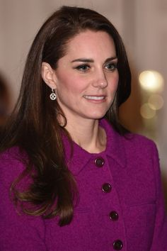 Kate Middleton http://www.dailymail.co.uk/femail/article-4197088/Duchess-Cambridge-attends-conference-London.html