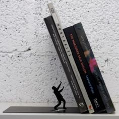 Boekensteun 'Falling Bookend'