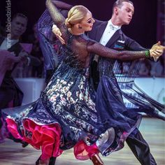 🎁 FREE SHIPPING 🚚 🛒 Order on the website www.ddressing.com - - - #latindress #tanzsport #practicewear #dancewear Ballroom Dresses For Sale, Dance Costumes, Dark Blue, Dresses With Sleeves, Long Sleeve, How To Wear, Writing, Free Shipping, Website