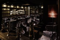 Cronnus bar in Tokyo by Doyle Collection