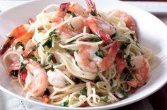 Špagety aglio e olio s krevetami Cabbage, Spaghetti, Vegetables, Ethnic Recipes, Drinks, Food, Drinking, Beverages, Essen