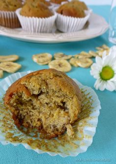 Magdalenas de plátano y centeno, muffins de plátano y centeno, receta de magdalenas con centeno, magdalenas sin lactosa, rye muffins, blog de repostería,...